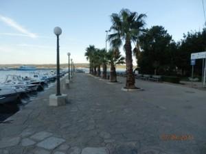 šetnica uz more i gradsku luku - Crikvenica